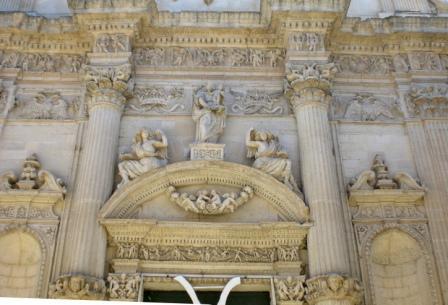 Chiesa di Sant'Angelo, particolare della facciata